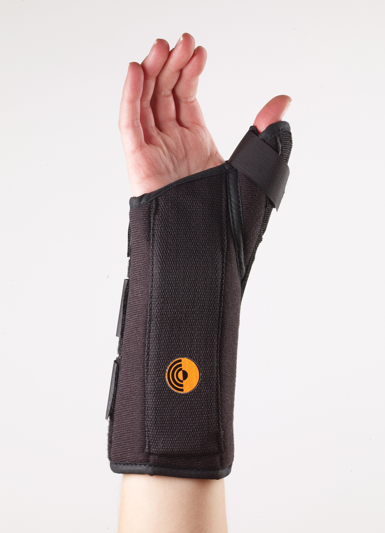 Ultra Fit Wrist Splint w/Abducted Thumb