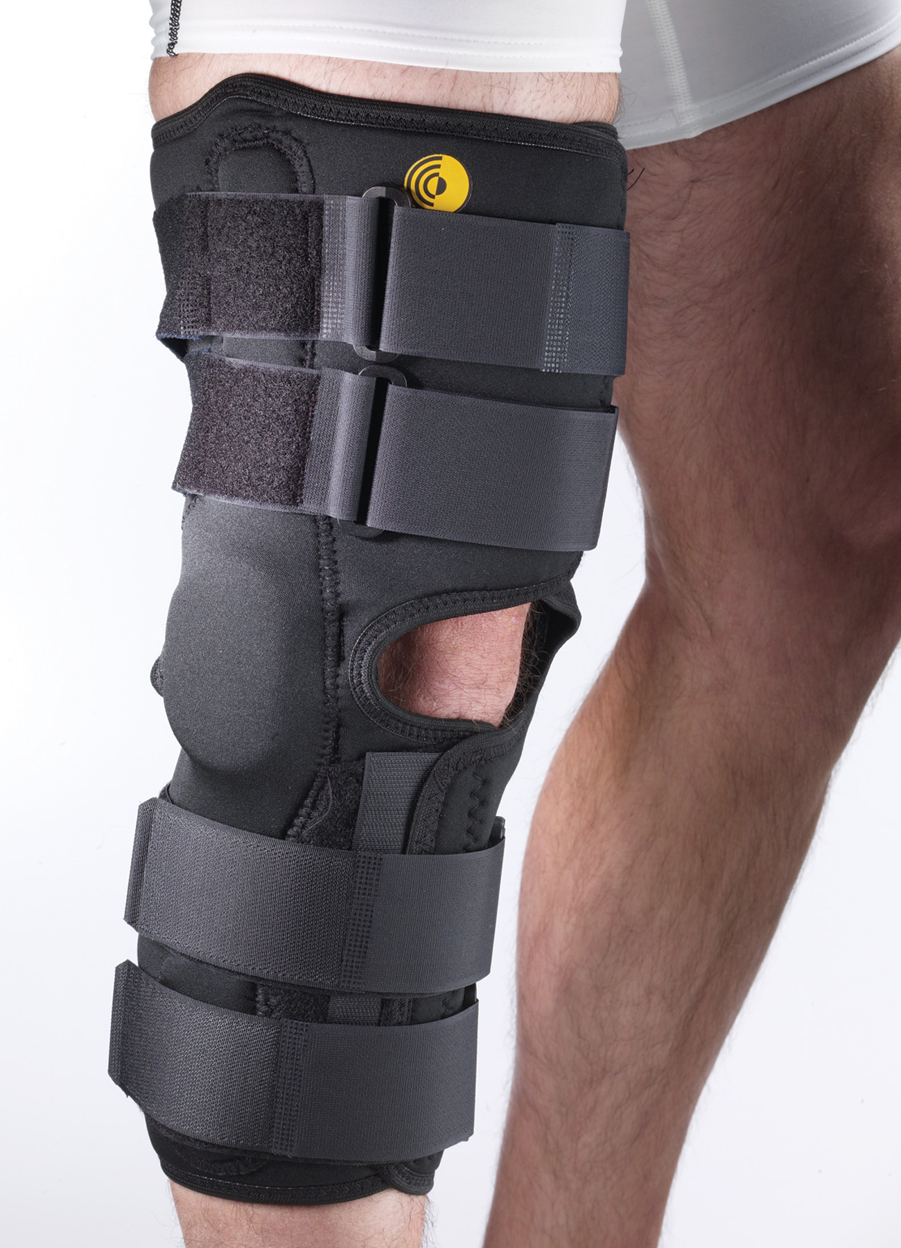 CoolTex Anterior Closure Knee Wrap w/R.O.M. Hinge