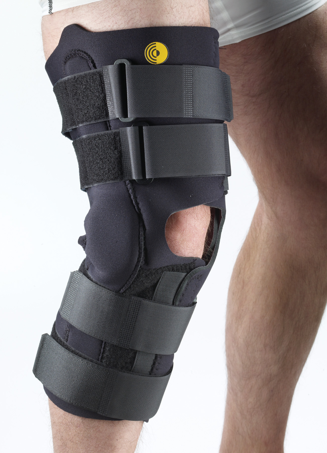 Anterior Closure Knee Wrap w/R.O.M. Hinge